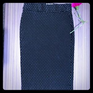 😎🔥SALE- EllePolka Dot Printed Pencil Skirt.